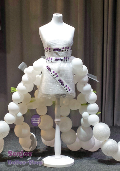 """Ballonschleppe für Modenschau Messe """"TRAU"""" 2015"""