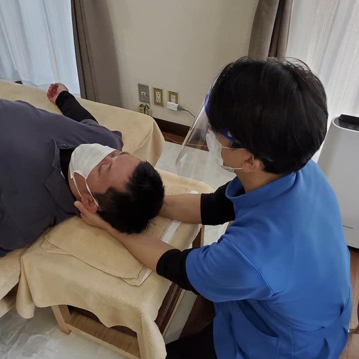 頭頚部の調整法|技術講習会の開催
