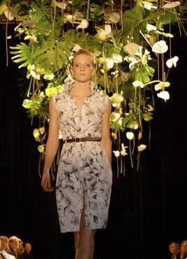 Blumenschmuck  Modeschau  |  Schützi Olten