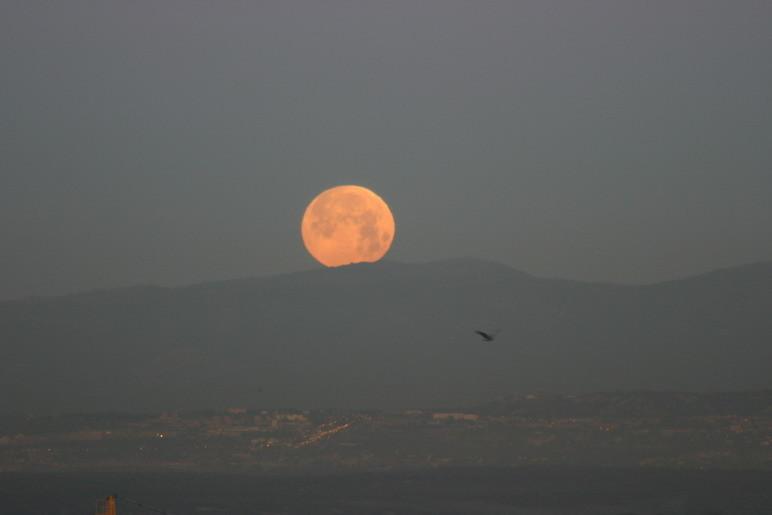 Puesta de Luna