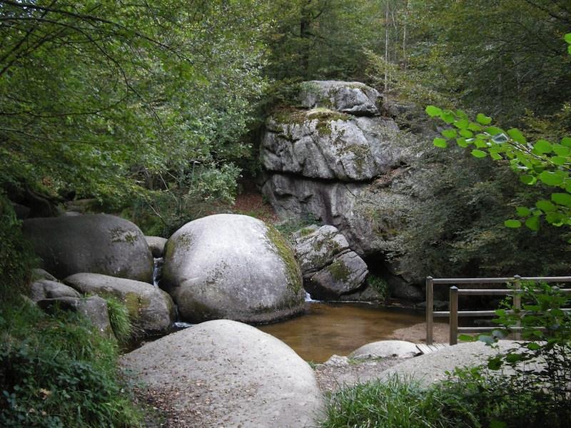 La roca temblante de Francia