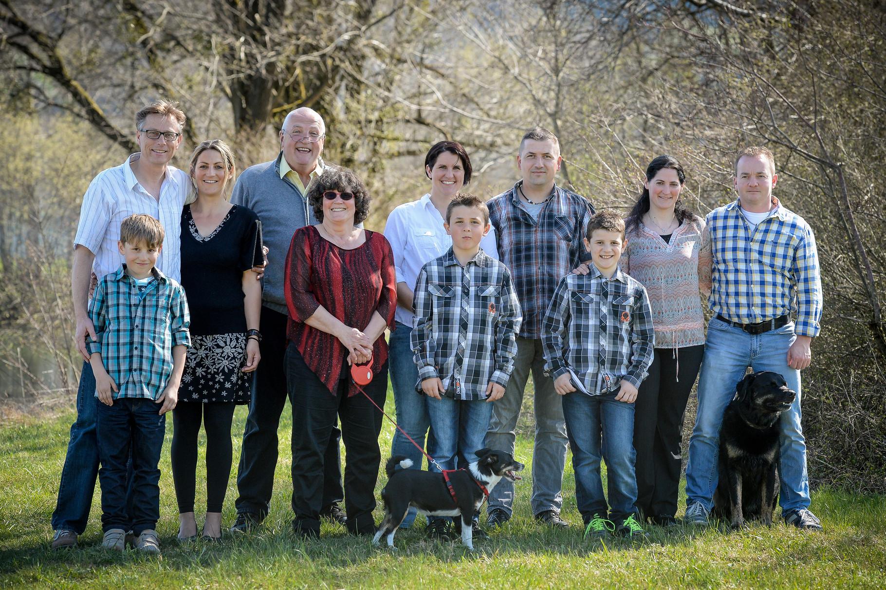 Ganze Familie