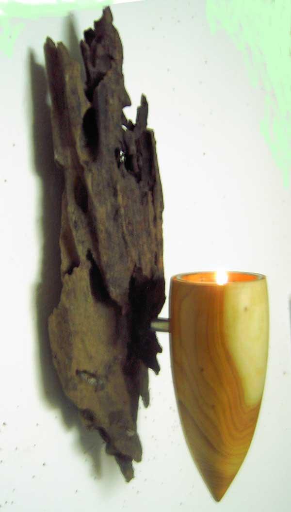 Leuchter aus Mangrovenwurzel und Eibe