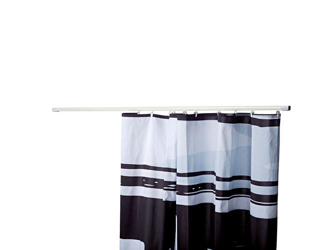 Bringen Sie ein Vorhangprofil leicht mit Klettverschluss an, um einen separaten Abstellraum zu erhalten.