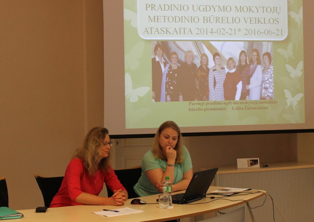 Metodinio būrelio pirmininkė Lolita Žukauskienė pristatė metodinio būrelio veiklos ataskaitą.