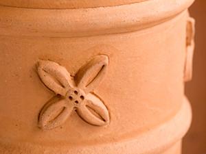 Detailansicht Schornsteinerhöhung aus Keramik