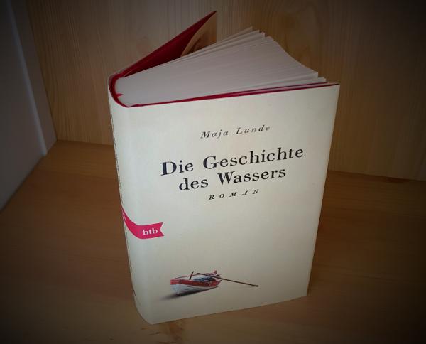"""Buchcover """"Die Geschichte des Wassers"""" von Maja Lunde"""