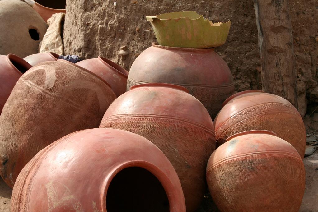 des poteries à Sindou