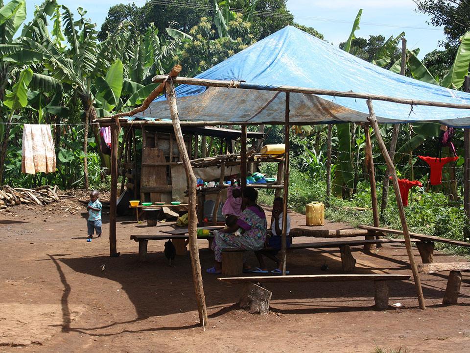 Diese Schule wurde 2005 von Prossy, unserer ugandischen Gebärdensprachdolmetscherin, gegründet...