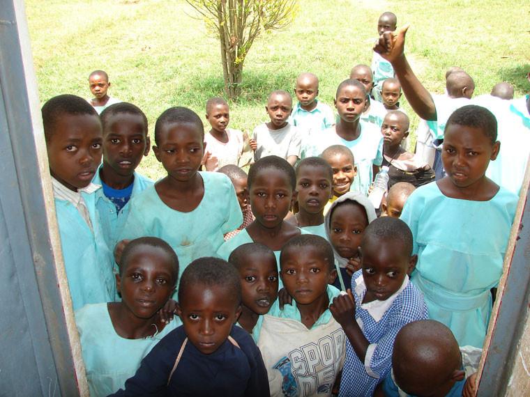 Möchten Sie, dass den Kindern in Ntungamo geholfen wird...