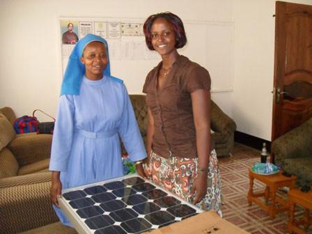 Schwester Angella in Bwanda/Masaka freut sich sehr darüber