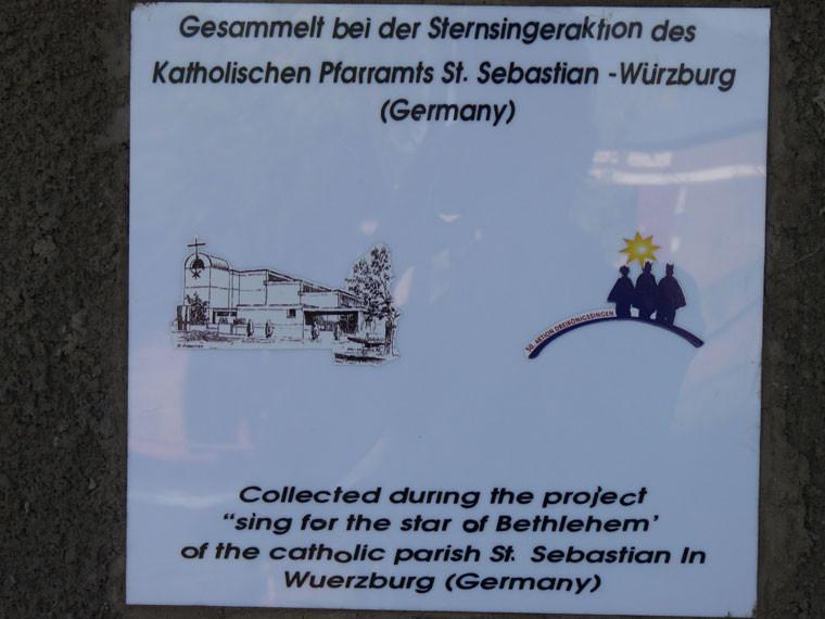 ...und den fleißigen Sternsingern des Kath. Pfarramts Heuchelhof/Würzburg, die den Bau erst ermöglicht haben.