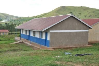 Mädchenschlafgebäude in Ntungamo