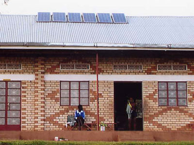 Die Solarzellen auf dem Dach