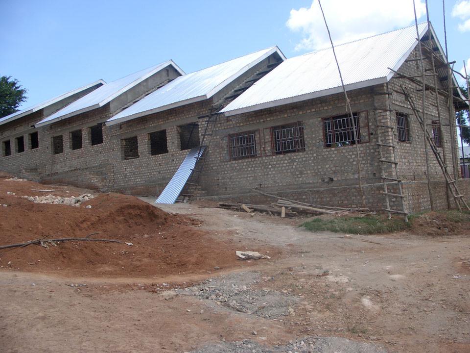 Im Januar 2009 kam dann das Dach dazu.