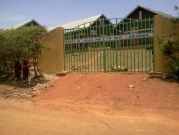 Haupttor in Bwanda