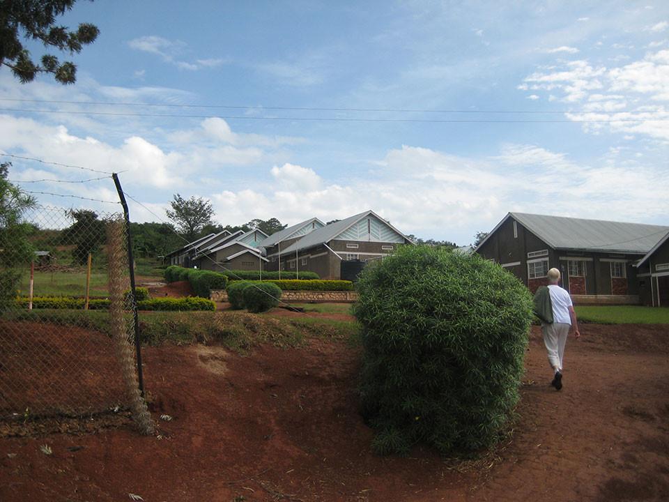 ...nach Bwanda in Masaka zu der von uns geförderten Schule.