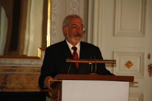Begrüßung durch den Regierungspräsidenten von Unterfranken, Dr. Paul Beinhofer