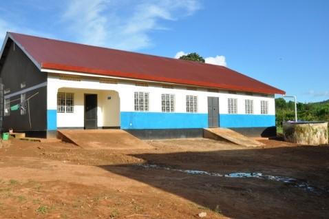 Schulgebäude mit 2 Klassenzimmern in Ntungamo