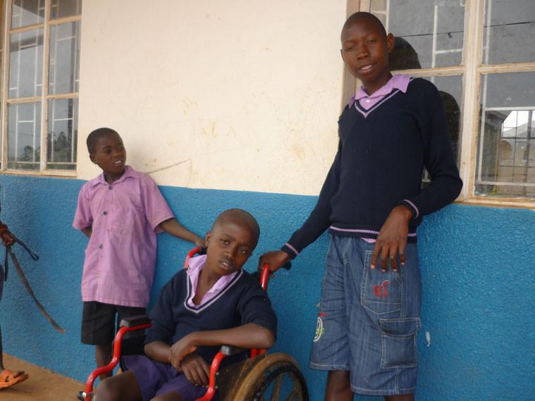 ...anderweitig behinderten Kindern beherbergt sind.