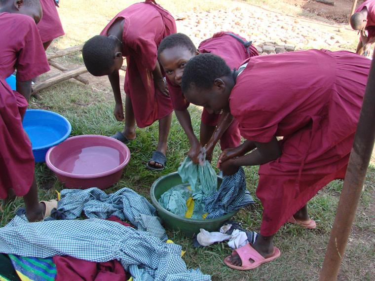 Trotzdem sind sie selbständig genug und waschen ihre Kleider selbst.