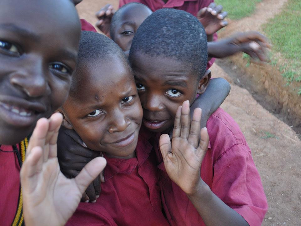 Vielen herzlichen Dank im Namen der gehörlosen Kinder in Uganda!