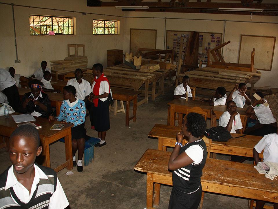 Wir legen viel Wert darauf, dass unsere Patenkinder auch eine Berufsausbildung absolvieren, ...