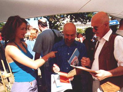 Oya, Gerhard und ein Herr vom Entwicklungsseminar
