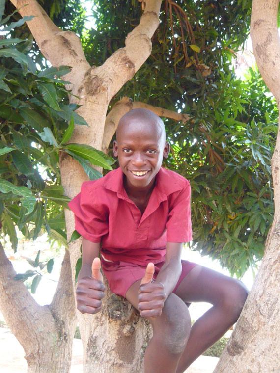 ...dann spenden Sie bitte, sie kommt nämlich zu 100% den gehörlosen Kindern in Afrika zugute!