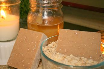 Oatmeal & Honey Goat Milk Soap