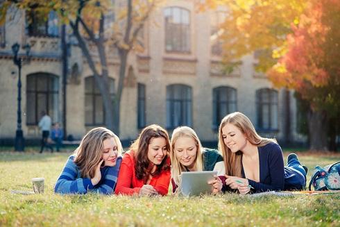 これだけ有利!学生起業をおすすめする9つの理由