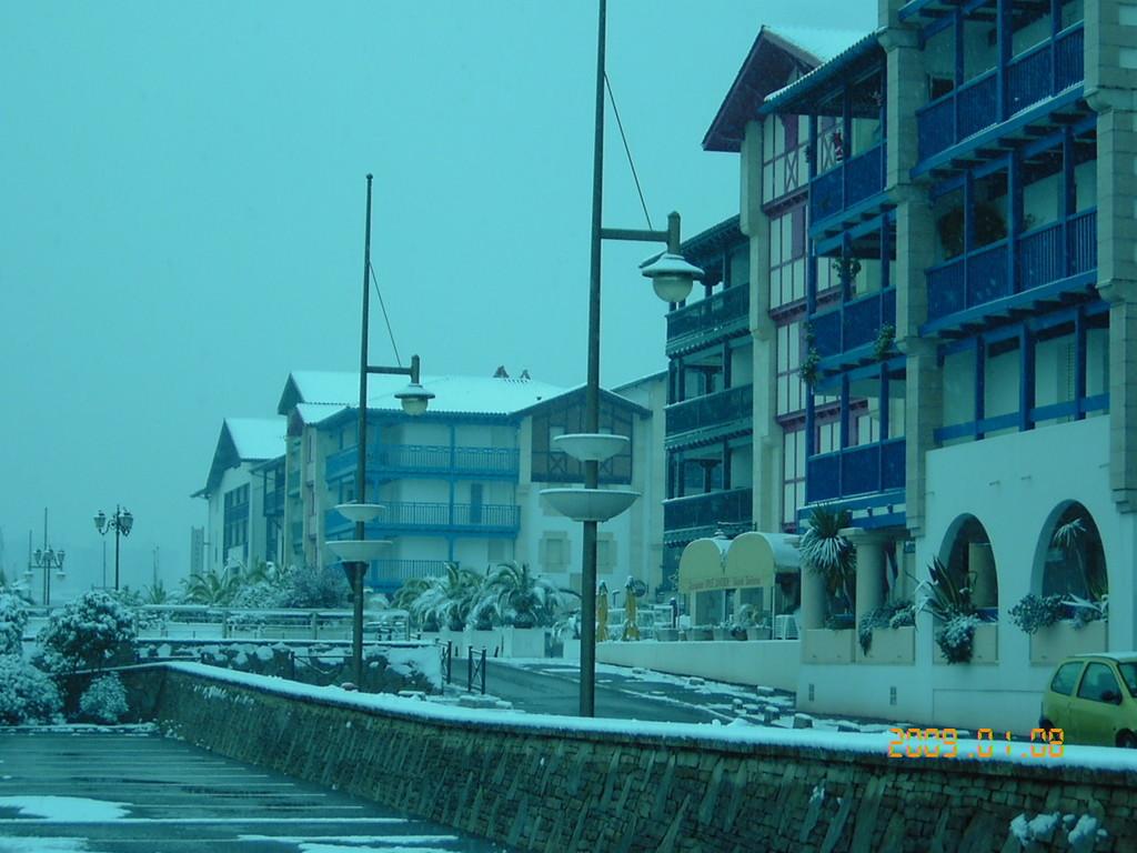 Port Sokoburu sous la neige