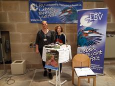 Luisa Josupeit und Eva Dörsam am LBV-Stand (Bild: Simone Reuter)