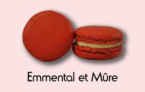 Macaron emmental et mûre