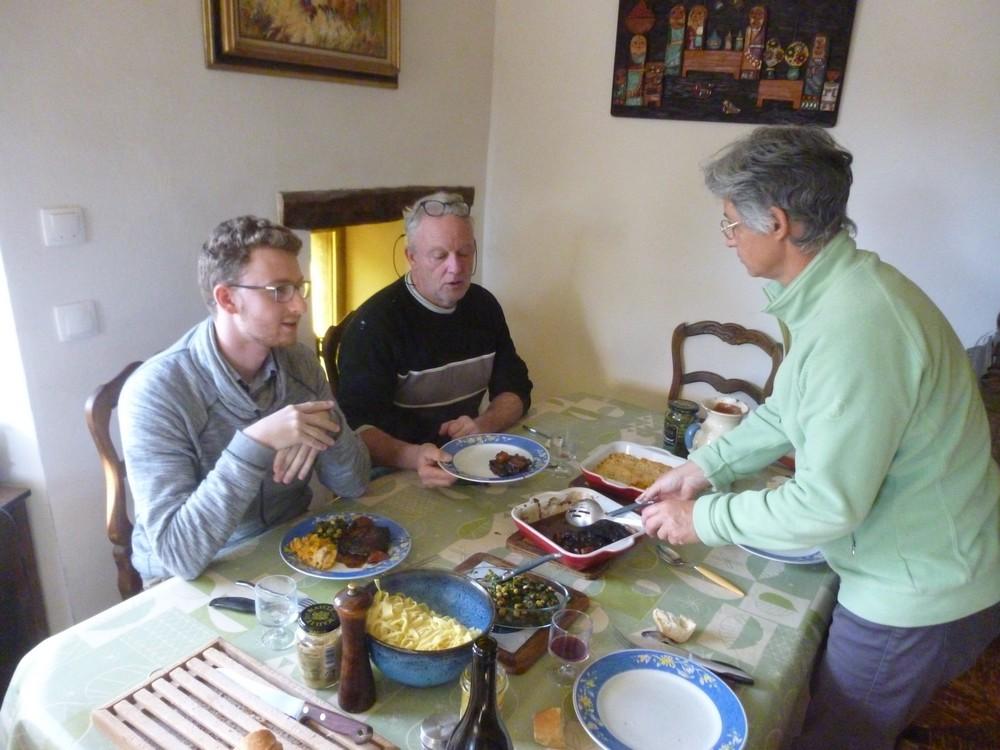 petit repas entre voisins