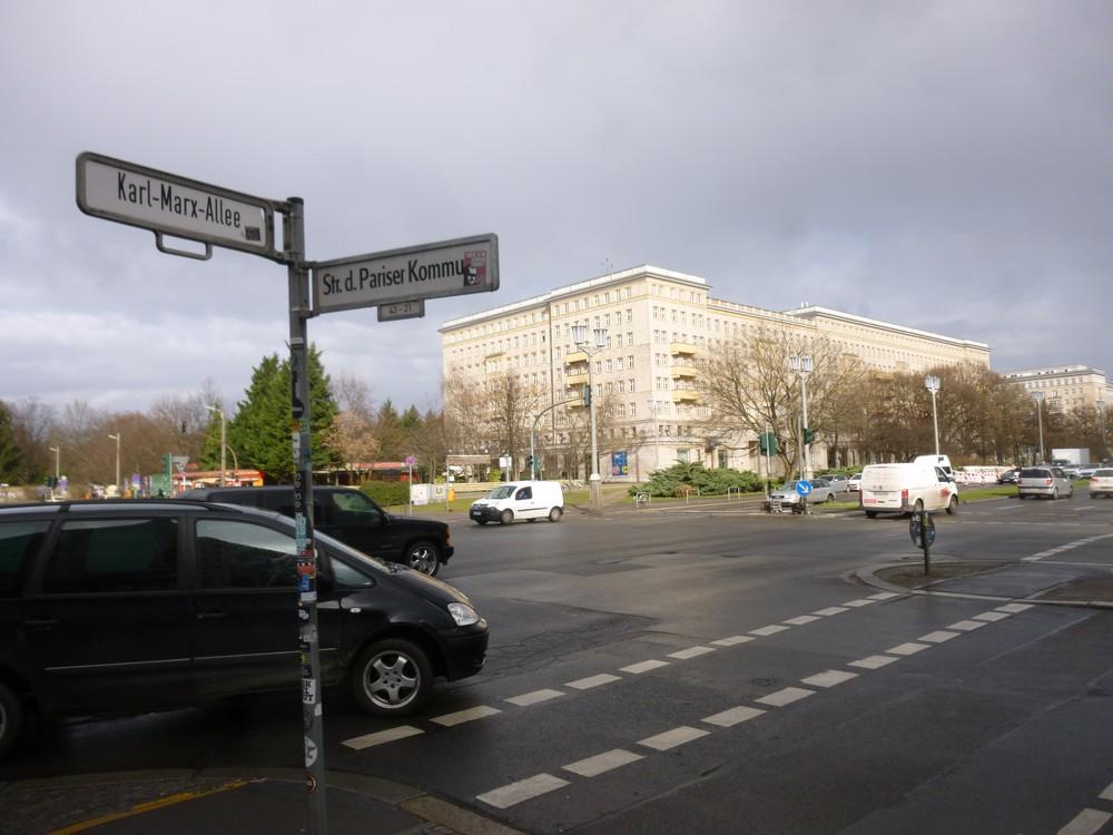 Quand la Karl-marx allée rencontre la rue de la commune de Paris