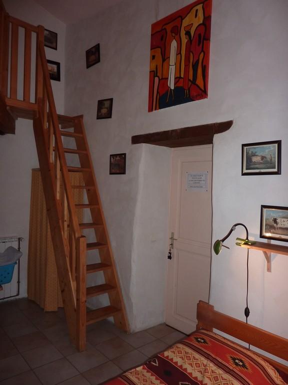 L'entrée et l'escalier de meunier