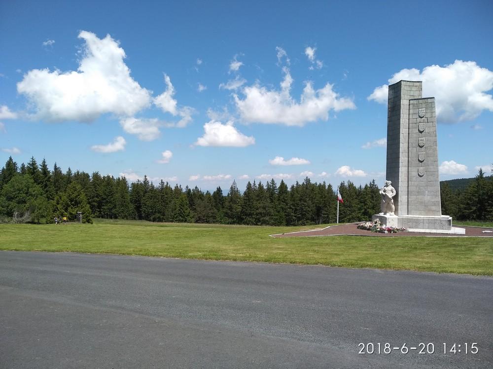 monument au maquis du mont Mouchet