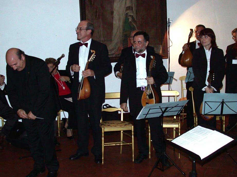 6/11/2005 - BRACCIANO - Castello Odescalchi  (1° Festival Mandolinistico del Lazio) -  (direttore Franco Turchi)