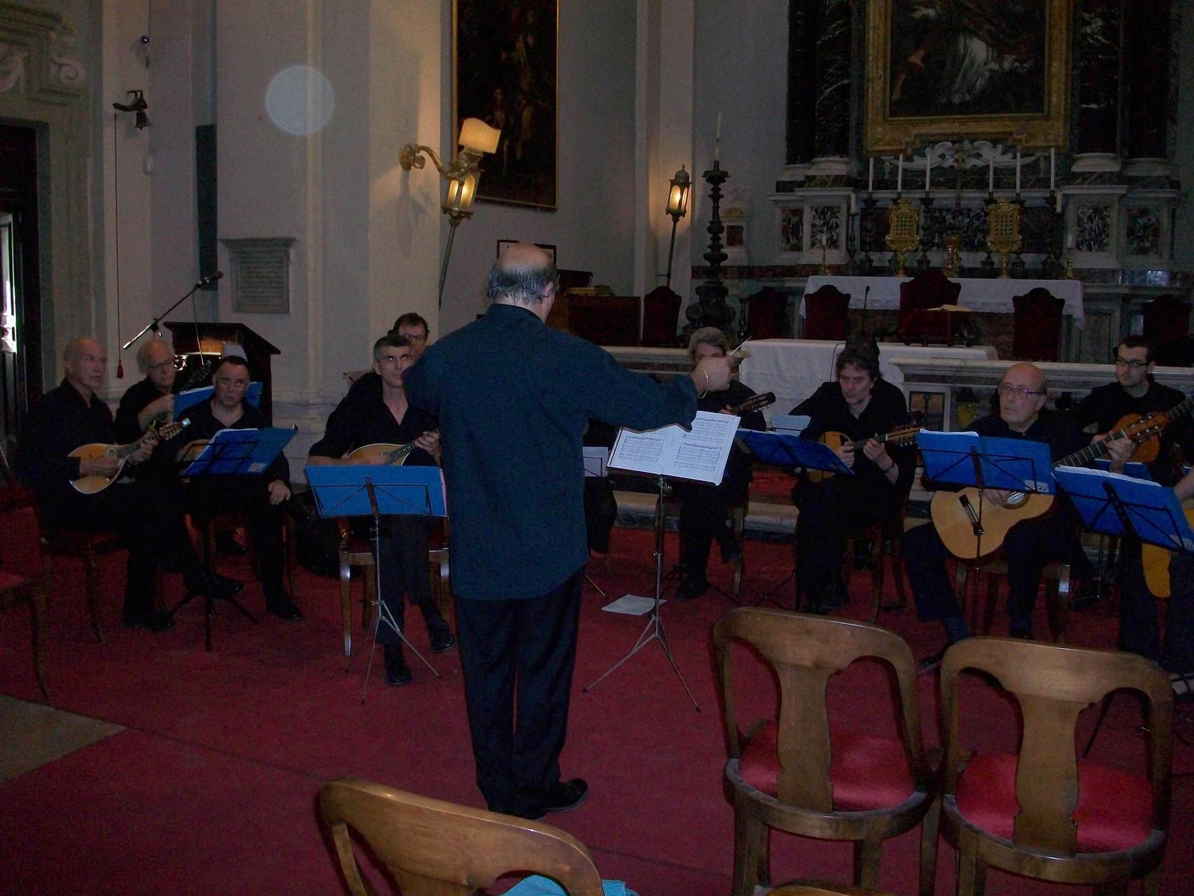 Roma - 17/6/2010 - Chiesa di S. Lorenzo de Speziali - (direttore Franco Turchi)