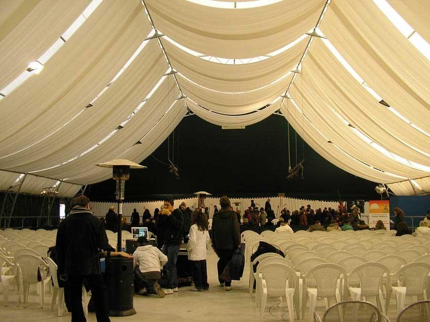 16/12/2007 - Orchestra Mand. R. e  Coro dell'Università Popolare di Roma (UPTER)  Centro Sportivo Divino Amore - (direttore Franco Turchi)