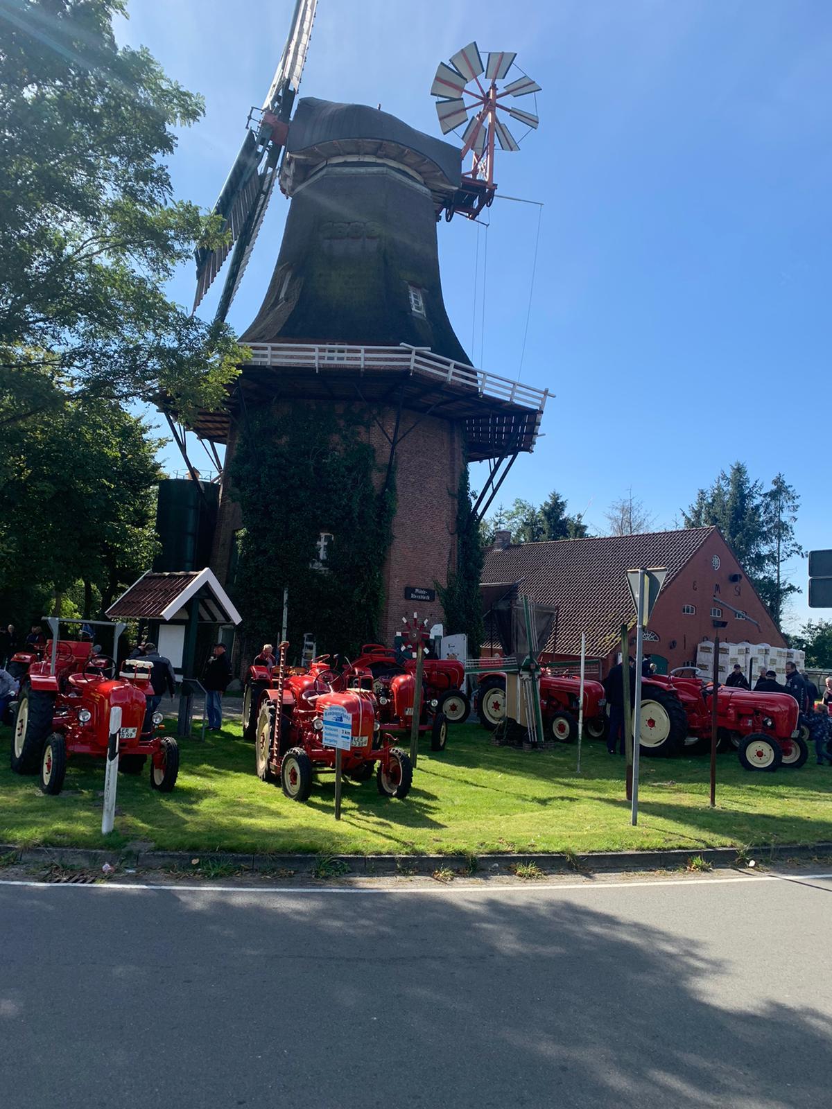 Mittagspause an der Mühle