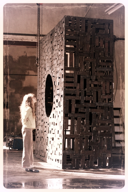 Deev Vanorbeek, artdeev     Mirte + Le Cercle Carré 2 dans l'atelier, metal art, monumental art