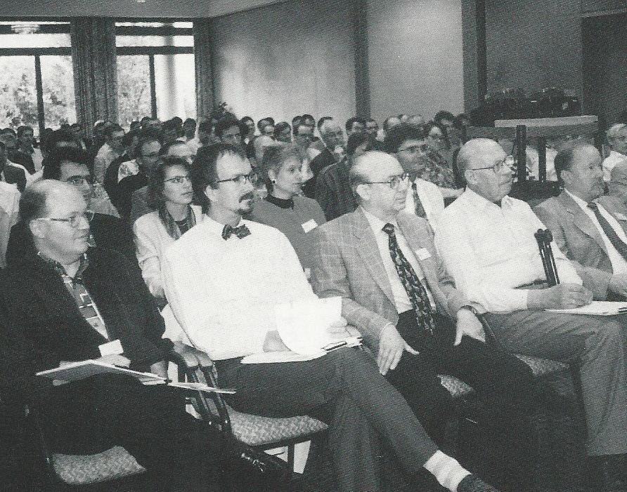 Zwischen Thomas Kochniss, Dr. med. Uwe Wulff und Hans-Joachim Haase, Horst Dauter beim 7. IVBV-Jahreskongress - Egerkingen, Schweiz 1994