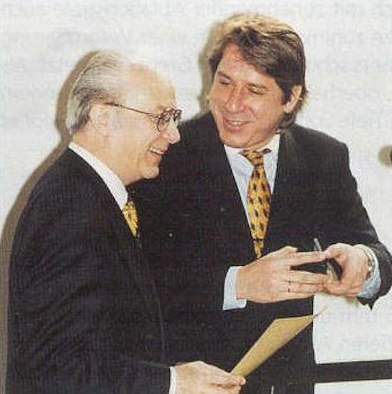 Mit Malte Volz, seinerzeit Vorsitzender der WVAO, bei der Abschiedsfeier für den Autor - Berlin 1996