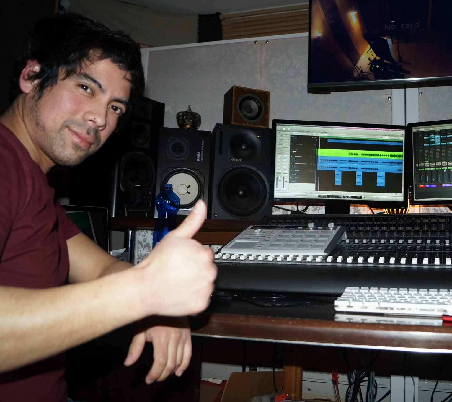 Recording session & Album production at Grooveloft Media & Musik Produktion in 2018 (Leichlingen, Germany). Photo by H.Z.