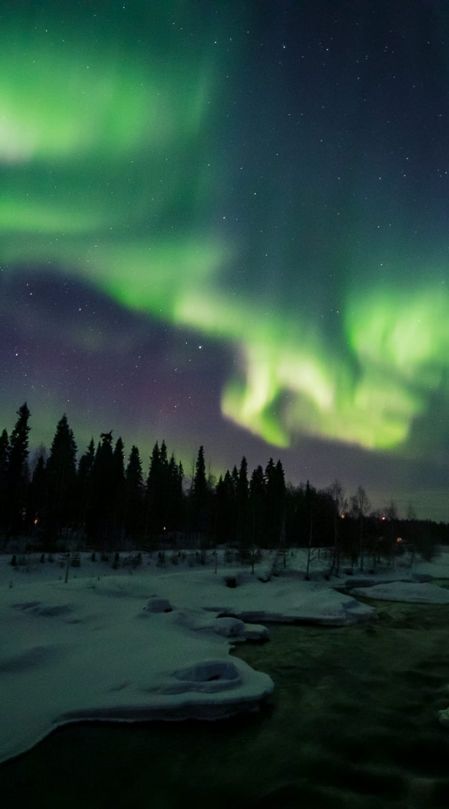 Vic Ja4 - Aurora Boreal (album). Photo by All About Lapland (Rovaniemi, Finland)