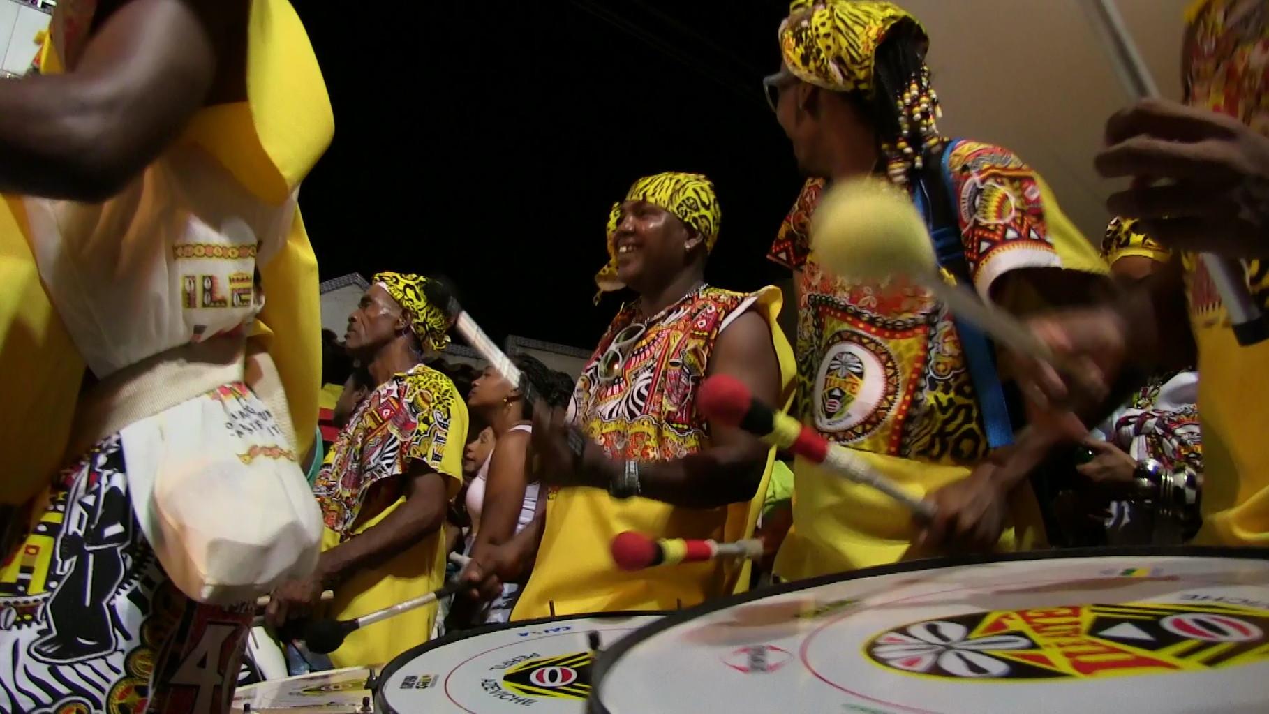 Drums of Ilé Aiyé / Tambours d´Ilé Aiyé