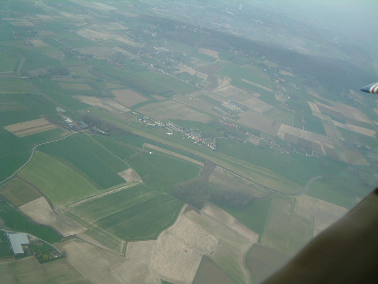 Survol de l'aérodrome d'Amougies