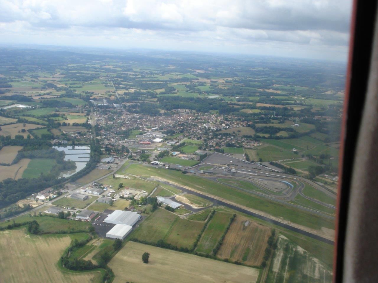L'aérodrome de Nogaro (LFCN)